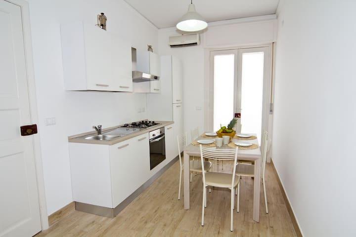 Chiara's Apartament - Mazzeo - Apartment