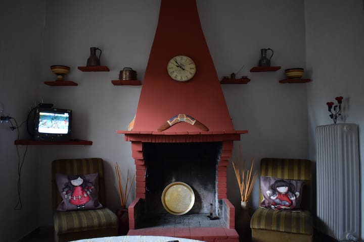 Traditional Cottage House in Marathon - Kato Souli - Ev
