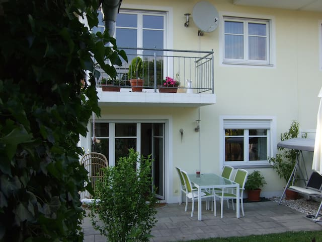 Schönes  Haus an den Alpen - Bad Aibling - House