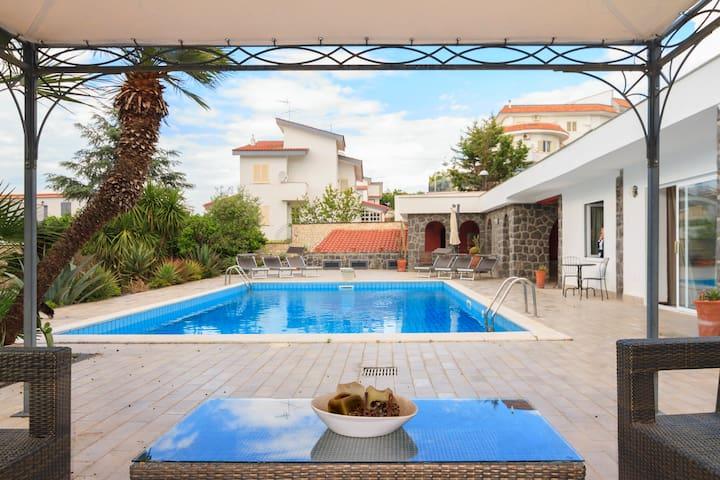 House with private pool - San Sebastiano Al Vesuvio - Σπίτι