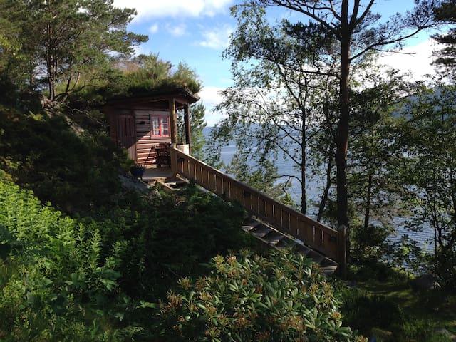 Log cabin + sauna in a pyramid - Askøy - Cabin