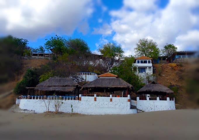 Cabana Andrea at Mar de Leche - Casares - Retkeilymaja