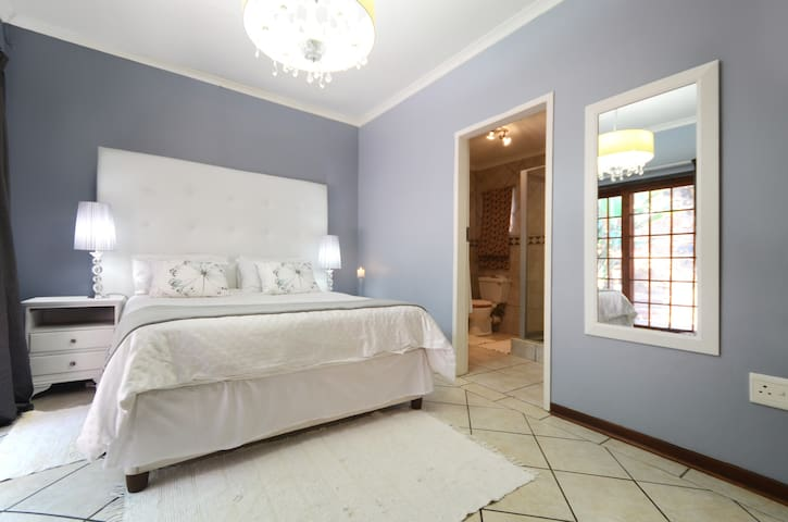 38OnLotusLane in Picturesque Irene - Centurion