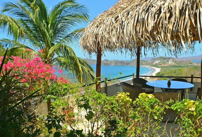 Casa Mega -Spanish Style Cliff Side - Playa Flamingo - Talo