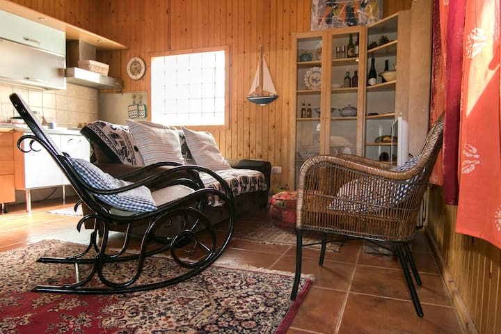 Nice Room in Munay Hostal - Villa de Arico - Studentrum