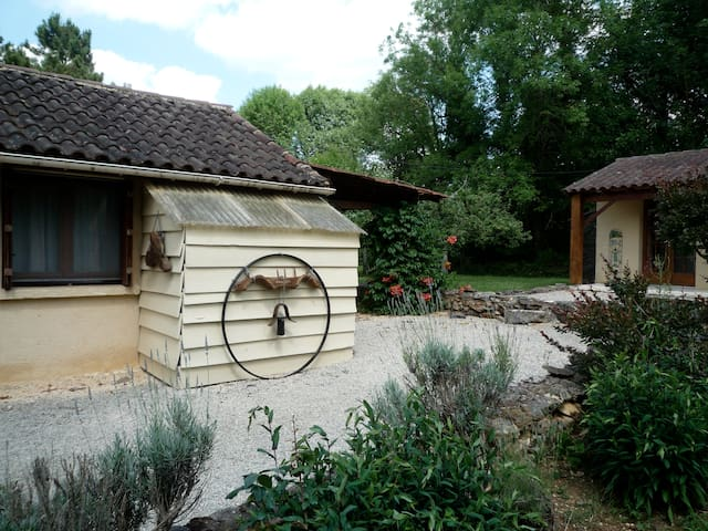Chalet en Forêt - Loubejac - Hus