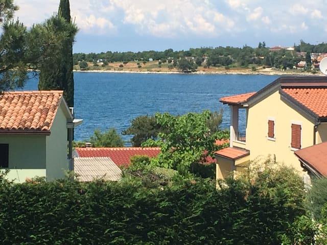 Dajla, beside the sea! 1 min walk! - Novigrad - Appartement