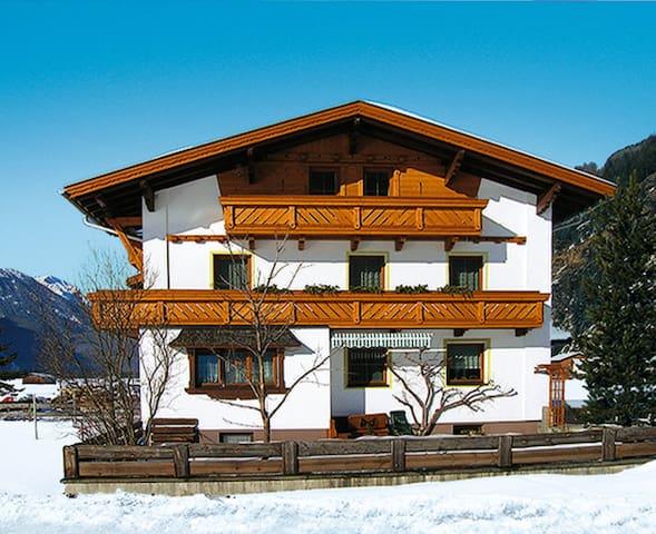 Haus Auerhof - Längenfeld - Lejlighed