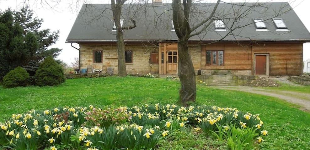 Ubytování na samotě v Podkrkonoší - Brzice - Rumah