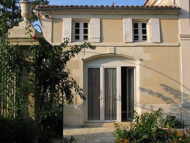 Petit logement confortable à la campagne - Saint-Mard - Casa