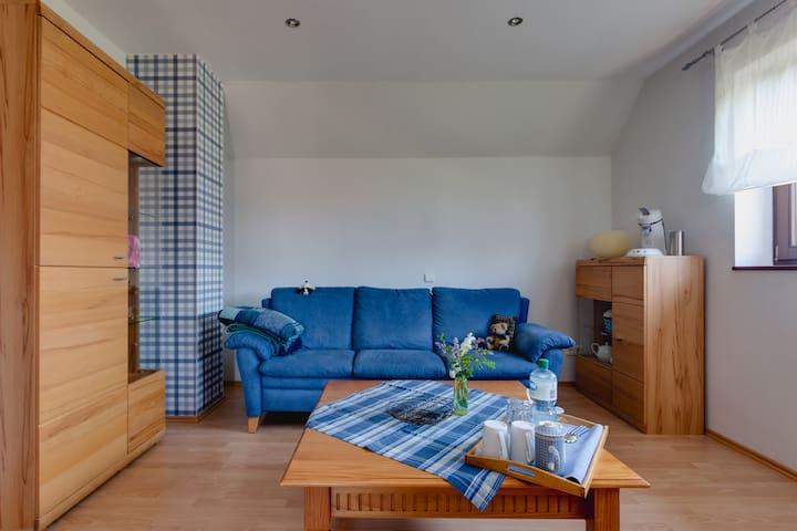 """Schönes """"blaues"""" Zimmer im Grünen - Meppen - 獨棟"""