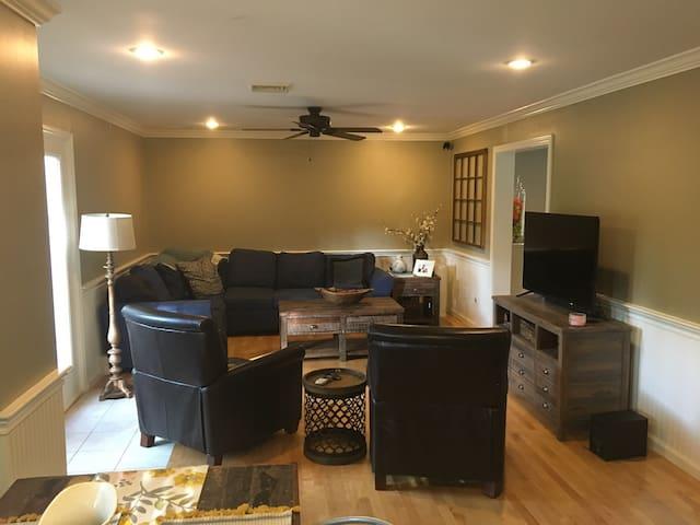 Boston Suburban Living - Medfield - Huis