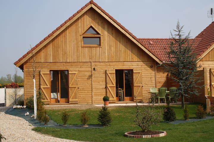 Charme du chalet en bois entre Etretat et Honfleur - Épretot - Huis
