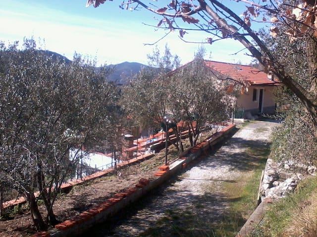 Respira e Rilassati - Castiglione Chiavarese - Appartement