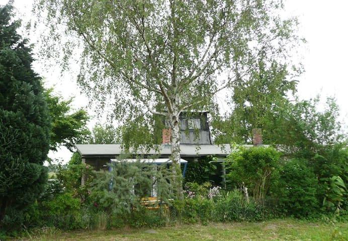 Idyllische Alte Räucherei am Deich - Zempin - Huis
