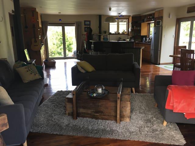 Escape to Matapouri Beach - Matapouri - Huis