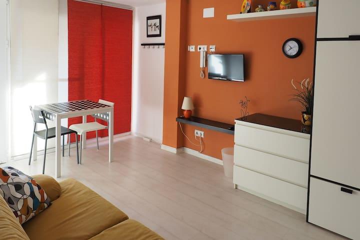 apartamento 35 m  adaptado en casa de tres plantas - Calafell