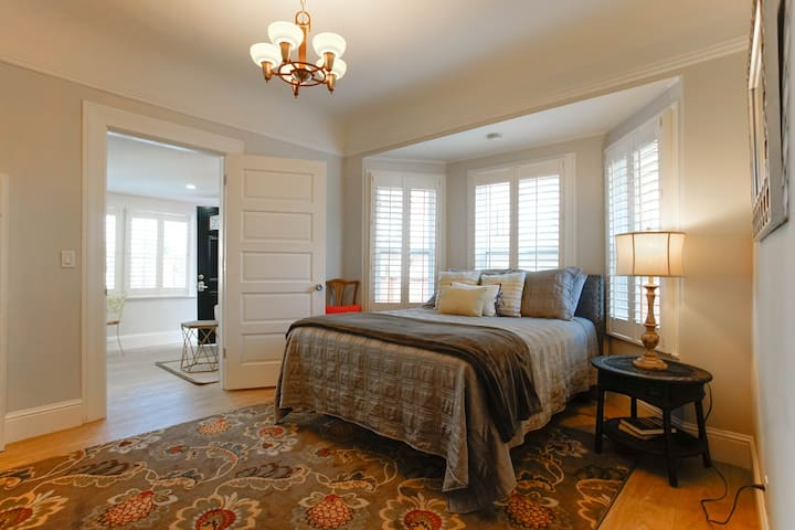 "Executive charm-1 bedroom apartment ""Lorton Place"" - Burlingame - Byt"