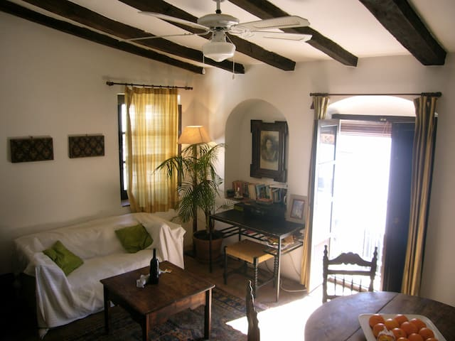 Cool studio in the heart of white village - Jimena de la Frontera - Loft