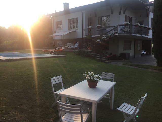 Villa Baggio sport and fly - Jerago Con Orago - Oda + Kahvaltı