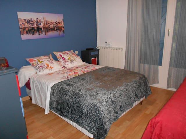 Chambre 2 personnes dans le Quercy - Monteils - Hus