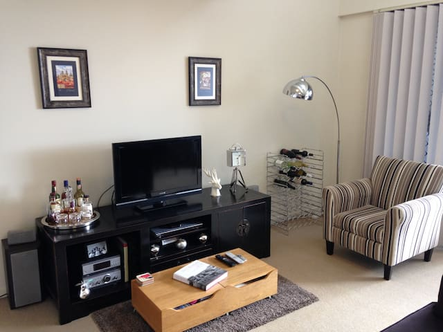 Stay with Vas & Corey! Room+ensuite - Fortitude Valley - Appartement