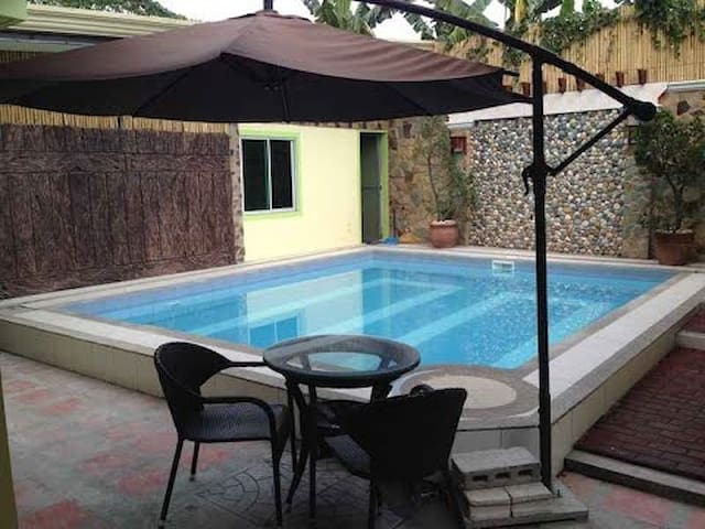 Sun Moon City Deluxe [PoolAccess*Bargain] Suite - Angeles - Inny