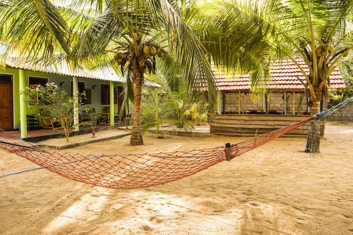Jude's House (3) - Kalpitiya - Casa