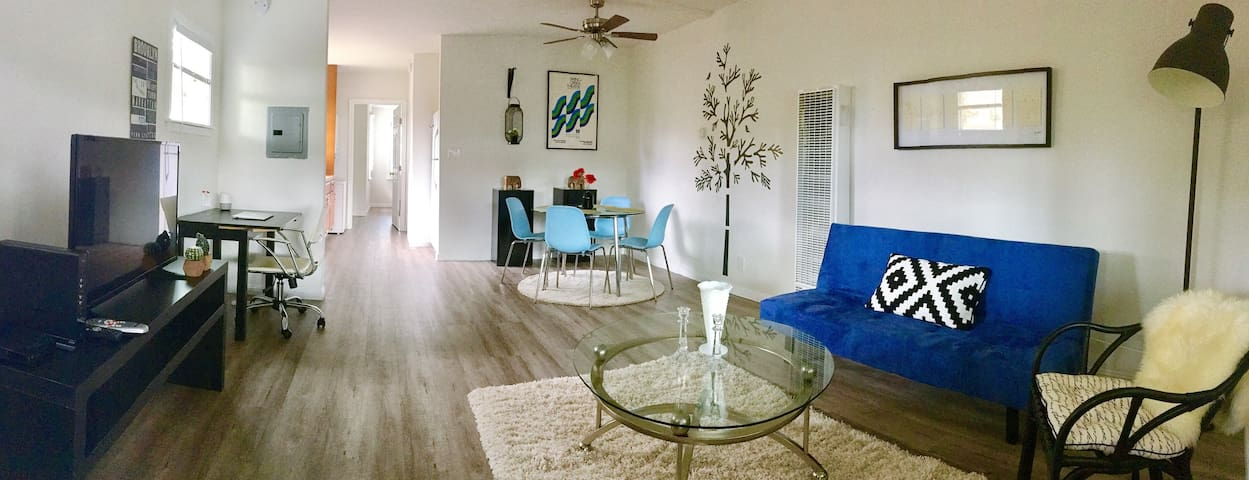 Just remodeled. Cozy 1 bedroom apartment. - Redwood City - Maison