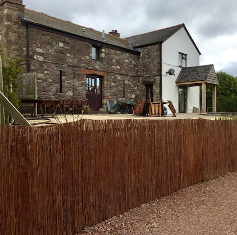 Ideal for a chill out break - Abergavenny - Bed & Breakfast