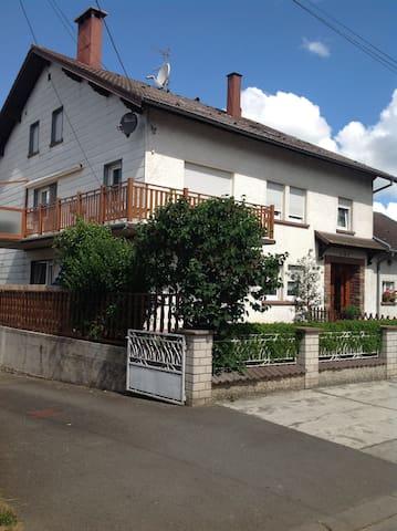 Location dans maison individuelle - Vieux-Lixheim