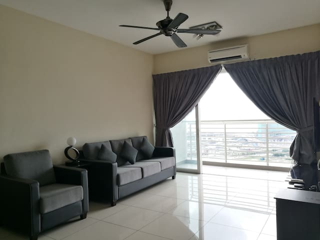 Cozy house with ultimate Seaview @ Harbour Place - Butterworth - Ortak mülk