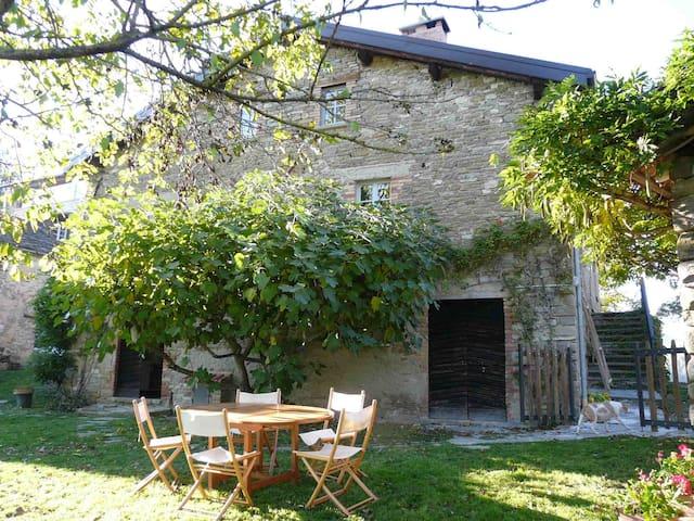 Il Glicine – traditional Italian country home - Borgo Val di Taro - Dom