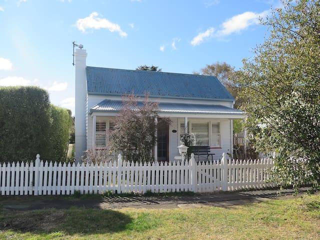 Victoria Cottage, Bowral - Bowral - Huis