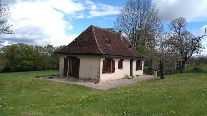 Petite maison de charme en Périgord - Badefols-d'Ans - Huis