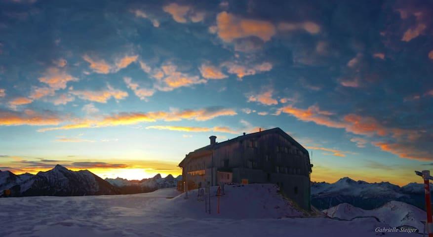 Die schönsten Bergpanorama - Lenzerheide - Gästhus