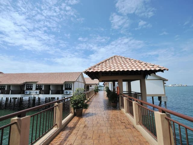 Romantic and nice water chalet, Lexis Port Dickson - Port Dickson