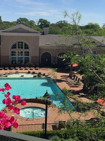 Resort Style Living! - Baton Rouge - Apartament