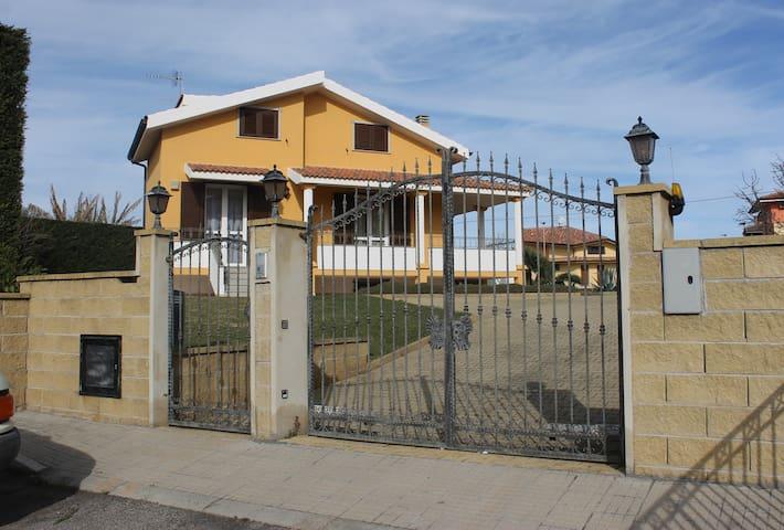 Villa ad Olmedo a pochi Km da Alghero - Olmedo - Vila