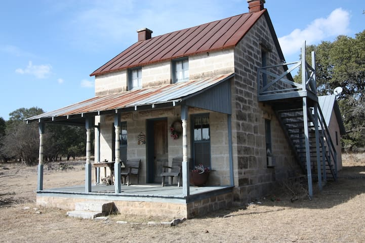 Flag Creek B&B at Masser Ranch - Country Property - Fredericksburg - Houten huisje