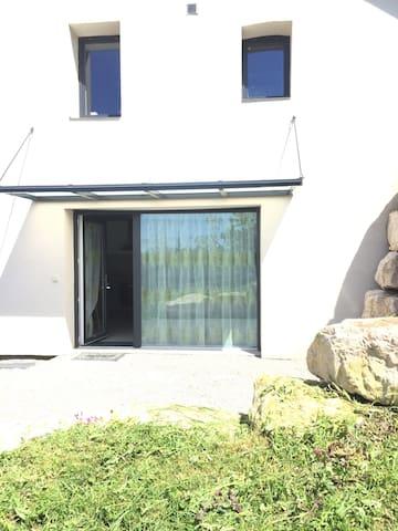 Charming flat in a quiet village - Léaz - Leilighet