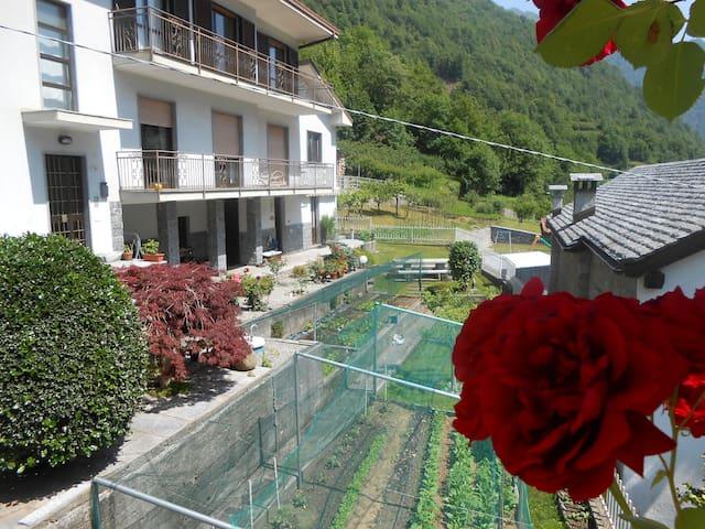 Eco House A Sulì: Tra Monti e Laghi - Seppiana - Casa