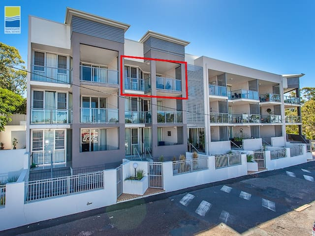 Central Sandgate Village Unit - Sandgate - Apartament