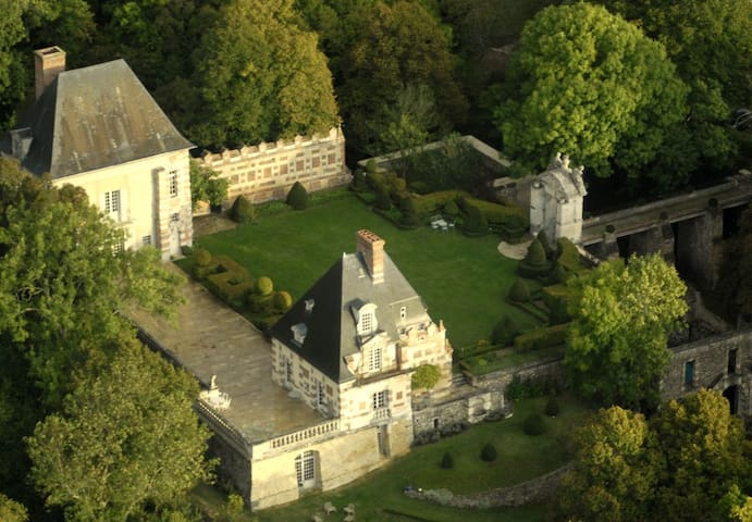 Château de Sorel  75 km Paris Ouest - Sorel-Moussel