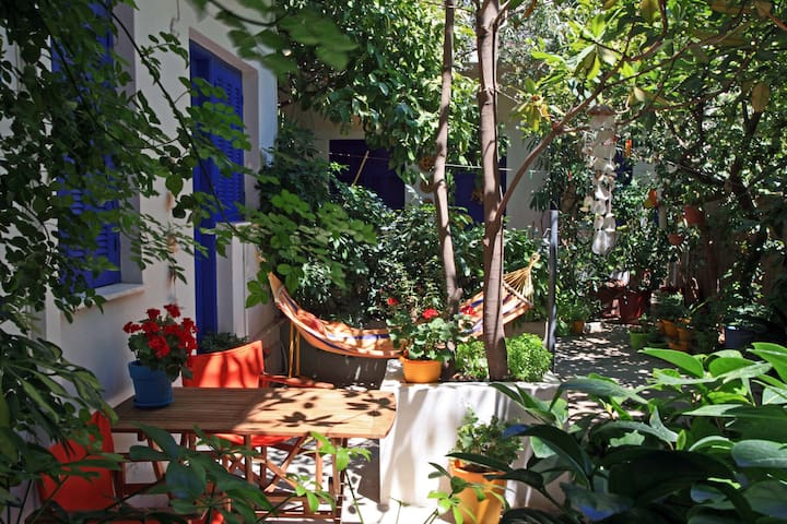 """""""GREEK VILLAGE"""" IN THE CENTRE OF ATHENS - Tavros - Appartement"""