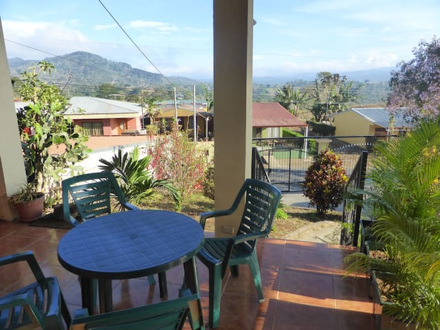 House with sunny panoramic view - Esquipulas - Leilighet