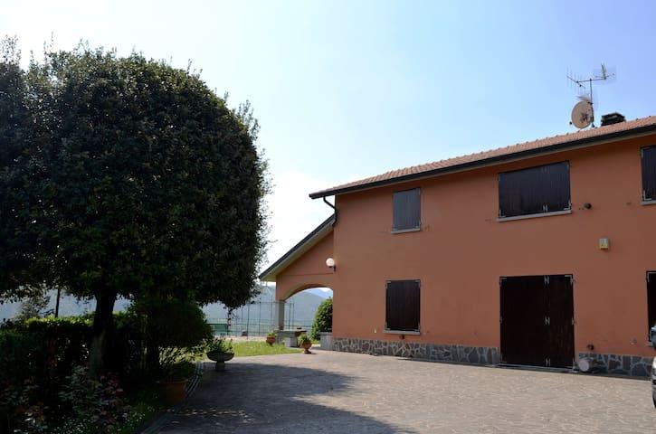 Villa in campagna con giardino - Cà Mazzetti - Haus