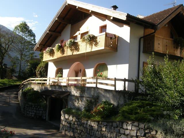 villa ilaria - Caderzone