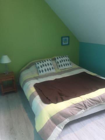 Chambres à louer ideal 24H du Mans et GP - Mezeray - Ev