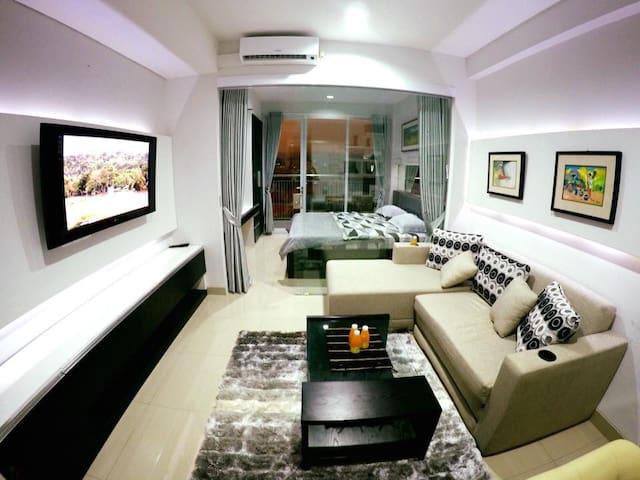810 Dago Suites Apartment in Bandung - Bandung - Departamento